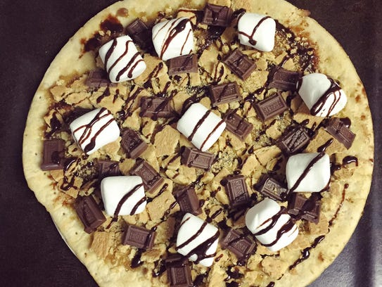 A s'mores-inspired pizza makes a dessert out of the