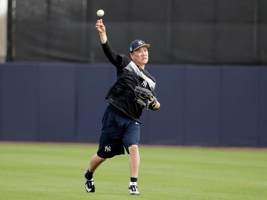New York Yankees starting pitcher Masahiro Tanaka, of Japan, throws during baseball spring training, Tuesday, Feb. 13, 2018, in Tampa, Fla. (AP Photo/Lynne Sladky)