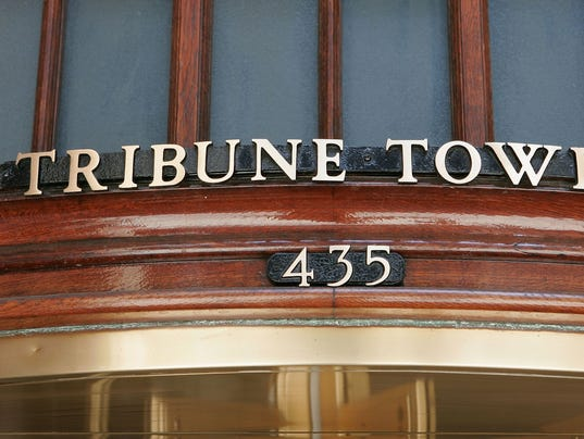XXX TRIBUNE-TOWER-SIGN.JPG A FIN USA IL