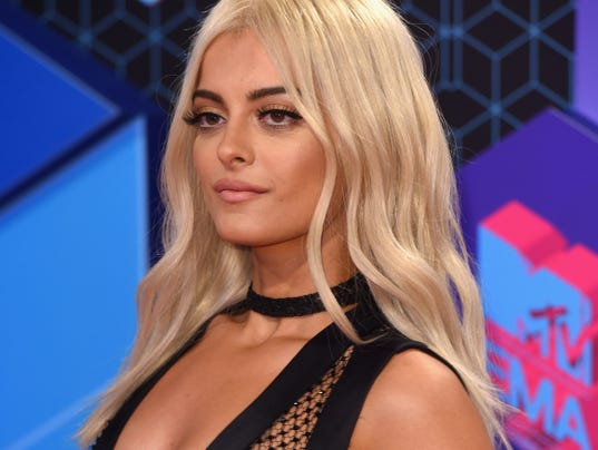 Who S Bebe Rexha Indy 500 Looks To Catch A Rising Star