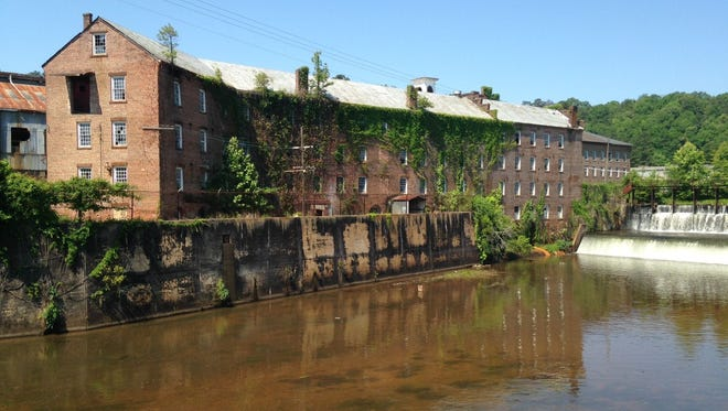Pratt Cotton Gin Mill, LLC, a subsidiary of LEDIC CQ Realty Co. has entered into an agreement with the Historic Prattville Redevelopment Authority to buy the historic mill buildings, which have their roots in Daniel Pratt's industrial empire. Pratt founded the city that now bears his name in 1839.