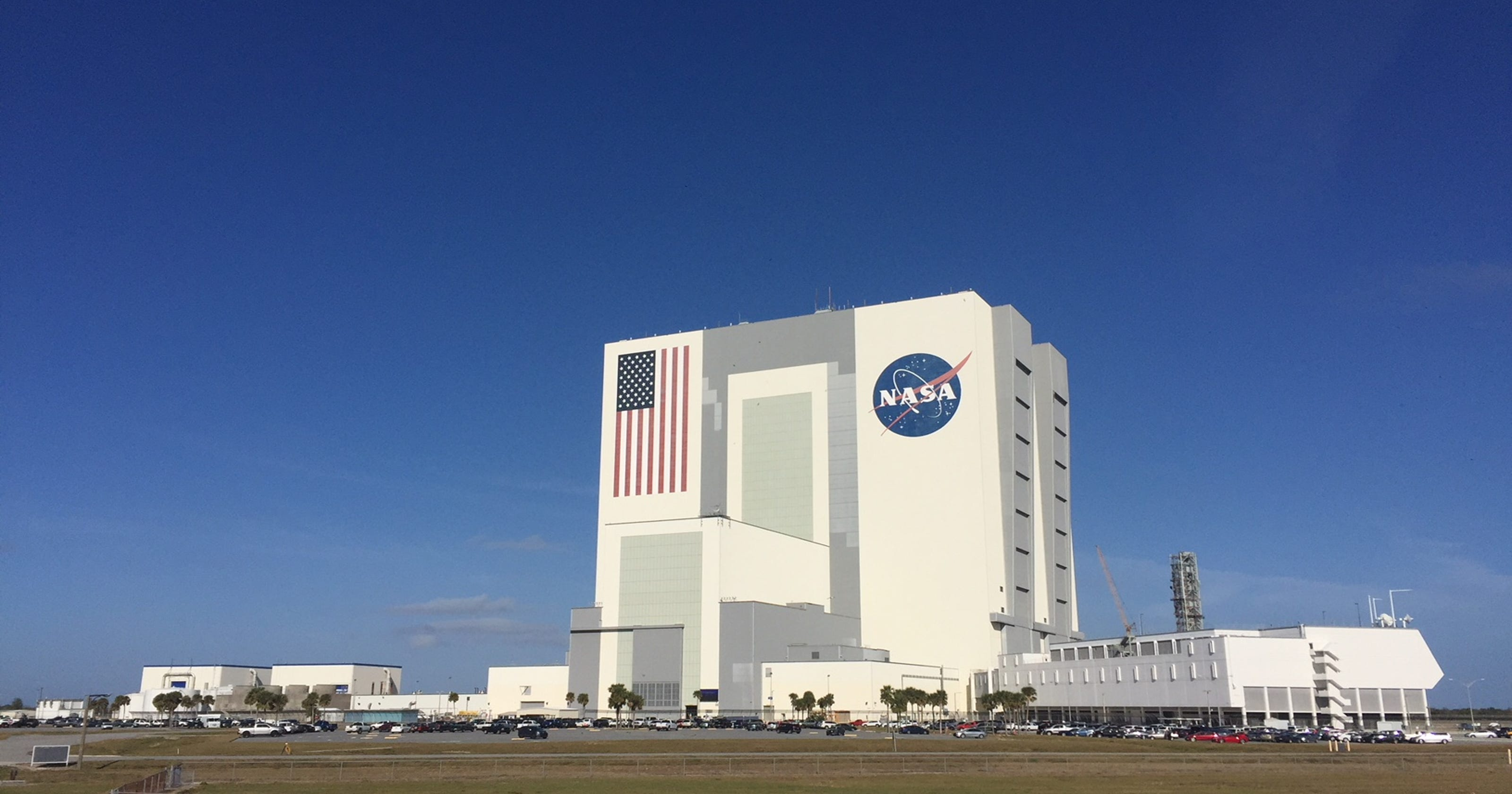 Kennedy Space Center, Patrick AFB closing for government ...