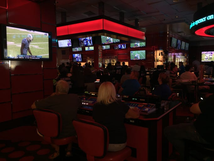 20 Places To Watch Football In Las Vegas