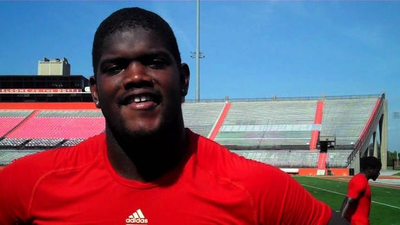 Ole Miss right tackle Fahn Cooper