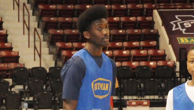 Darius Hicks is the top junior basketball prospect in Mississippi