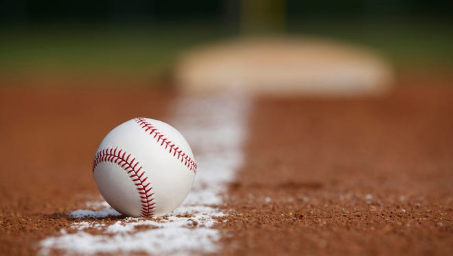 Marinette, De Pere come out on top in Legion games Friday night.