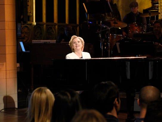 Kate McKinnon as Hillary Clinton on 'Saturday Night