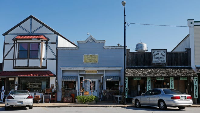 A number of antique shops and flea markets are located along Washington Avenue in Billings.