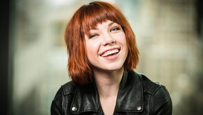 Carly Rae Jepsen.