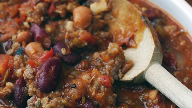 The fourth annual Chili Challenge will be held at Kelly's Logan House in Wilmington on Sunday.