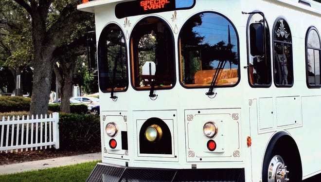 Treasure Coast Trolley will provide transportation for Vero Beach's First Friday's Gallery Strolls and other planned events and tours.