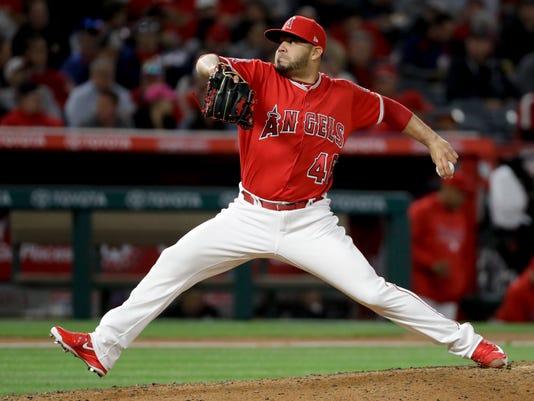 Red_Sox_Angels_Baseball_45331.jpg