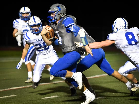 Logan Horn scrambled 22 yards for a score to make it  17-0 against Elizabethtown Friday evening, Oct. 27.