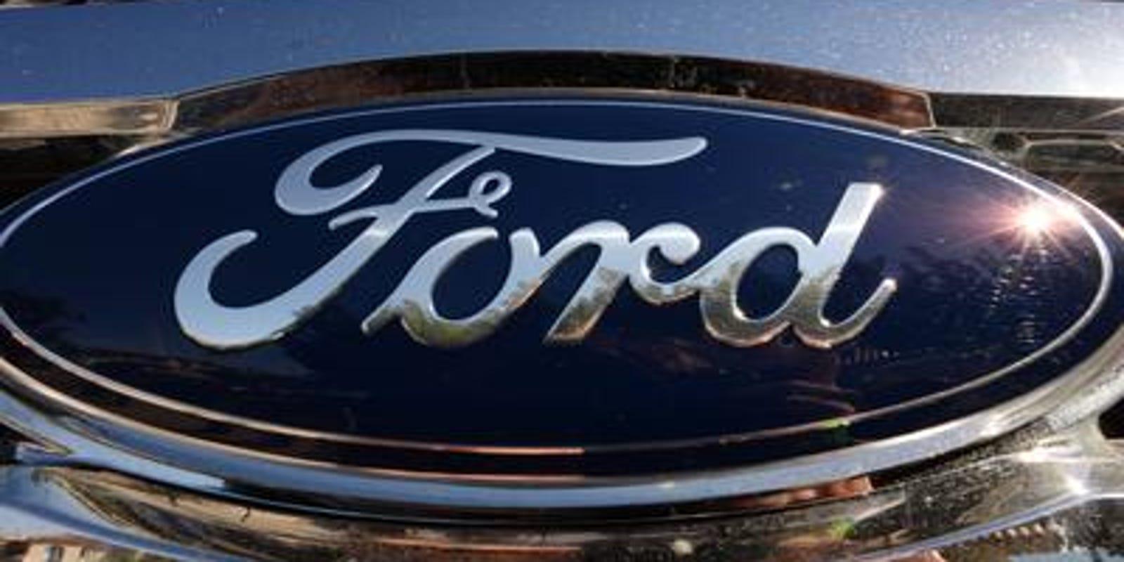 NHTSA probes 200K Ford trucks