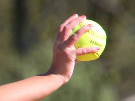 -web-art sports softball mitt1.jpg_20140328.jpg