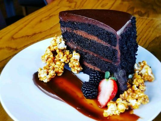 636531738086401007-Oak-Chocolate-Cake.JPG