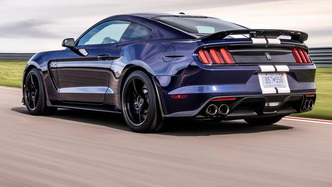 Ford Mustang Shelby GT350 has gotten an update.