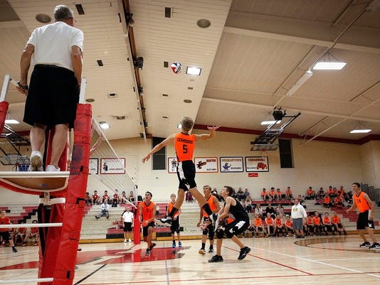 Homestead Cedarburg Boys Volleyball-1