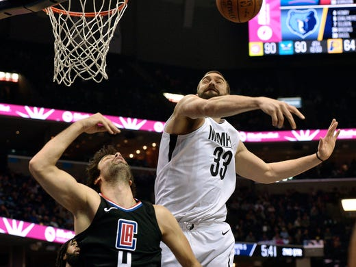 Memphis Grizzlies center Marc Gasol (33) blocks a shot