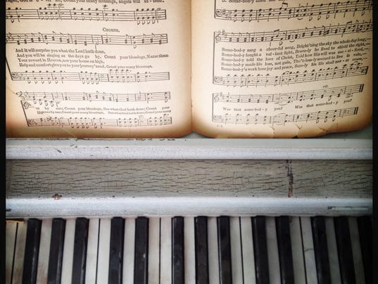 635568435593985764-piano-with-sheet