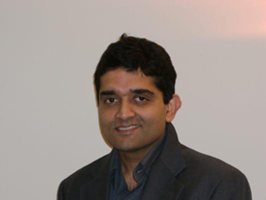 NarayanMandayam-092300.jpg