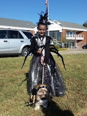 Blythe Cates the spider princess and her pet spider, Sadie