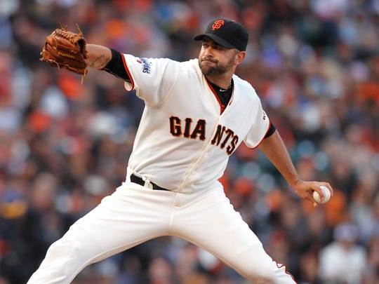 San Francisco Giants pitcher Jeremy Affeldt prepares to deliver a pitch against the Arizona Diamondbacks in the eighth inning at AT&T Park. The Diamondbacks defeated the Giants 4-2. Mandatory Credit: Cary Edmondson-USA TODAY Sports