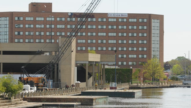 The University of Wisconsin-Oshkosh Foundation was a partner in the renovation of the Best Western Premier Waterfront Hotel in downtown Oshkosh.