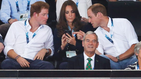 Young royals, smartphone