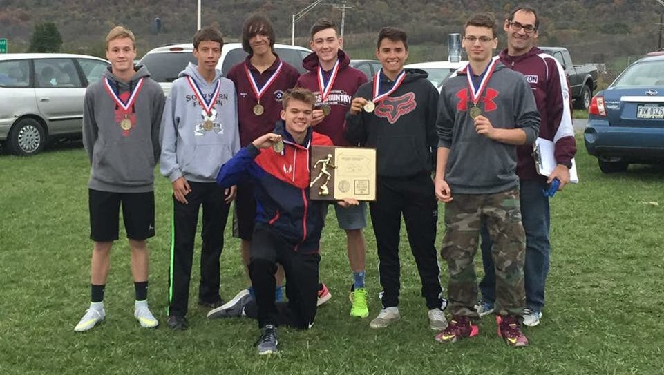 Southern Fulton's boys cross country team poses with