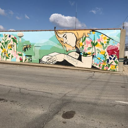 Reward up to $300 to catch mural vandal in West Allis, thanks to an anonymous donor