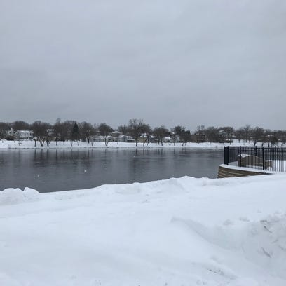 Wolf and Oconto rivers continue to rise as snow melts
