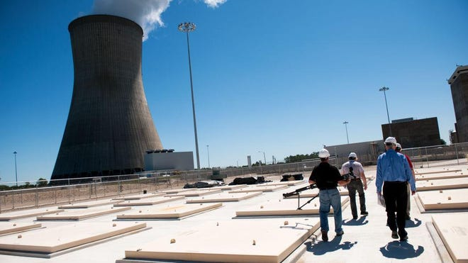 A group tours Ameren Missouri's Callaway Energy Center in 2015.