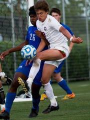 Montgomery Bell Academy midfielder Henry Hylbert