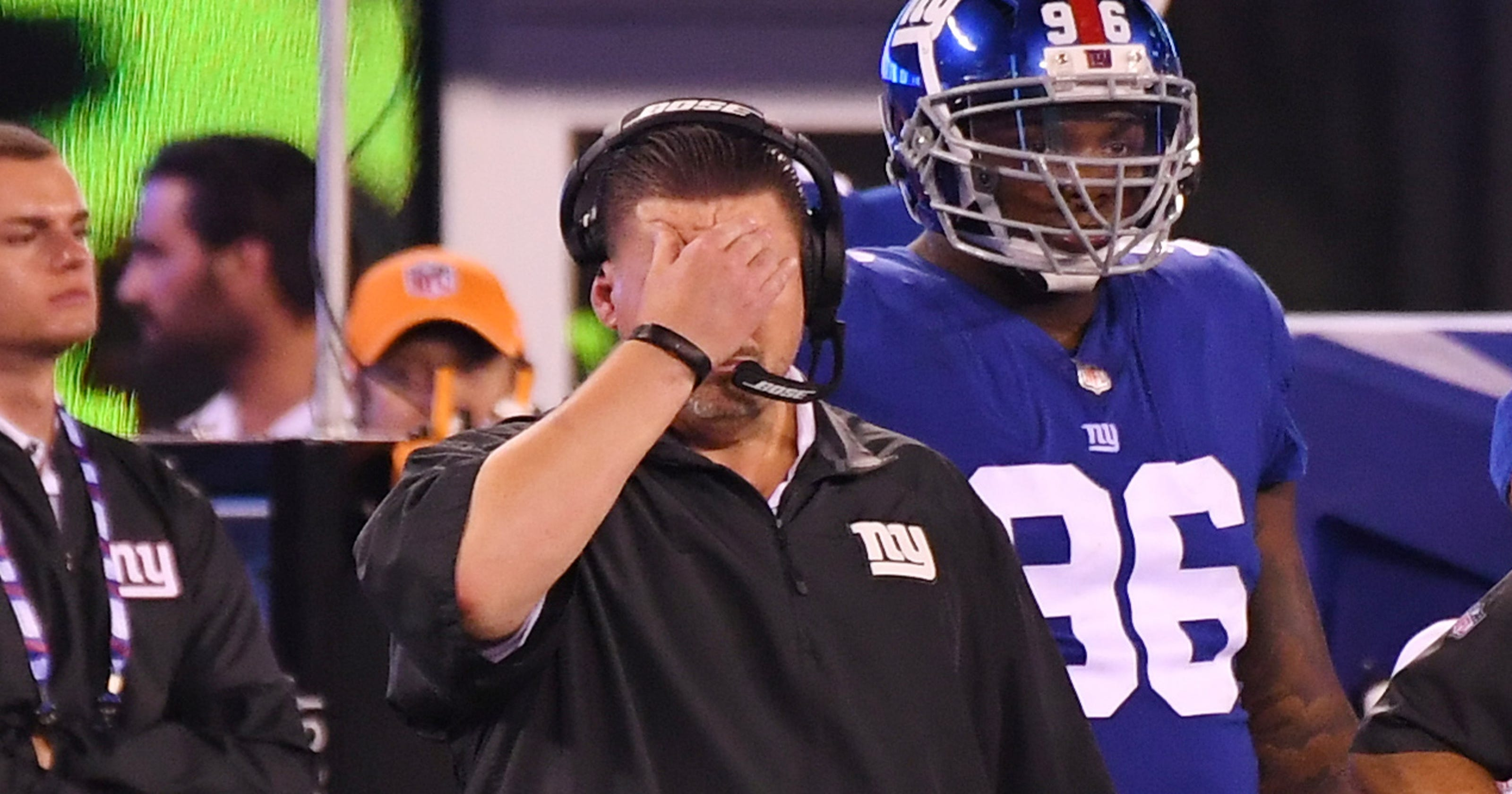 Giants coach Ben McAdoo blames Eli Manning for gaffe in loss to Lions 4c578a30f