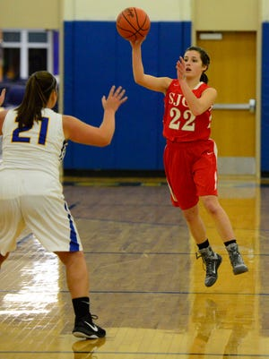 SJCC's Miranda Wammes ended the first half Tuesday with an assist to Adrienne Wehring.