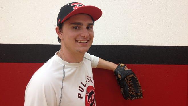 Pulaski grad Luke Van Lanen will pitch for the Green Bay Bullfrogs this summer.