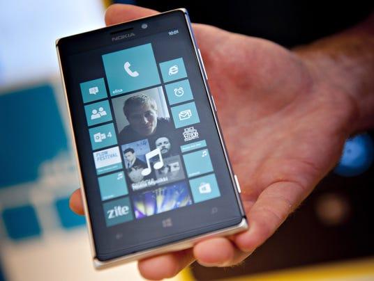 AP Finland Microsoft Nokia_001