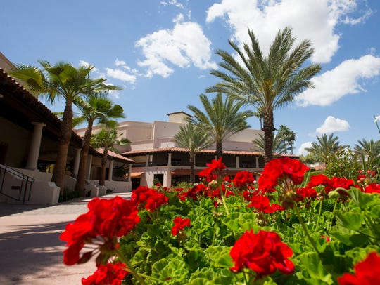 The Scottsdale Resort at McCormick Ranch features lush