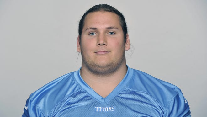 Titans center Brian Schwenke