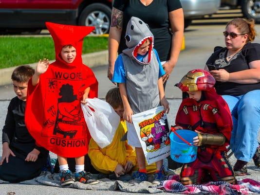 Manchester Mount Wolf Halloween Parade