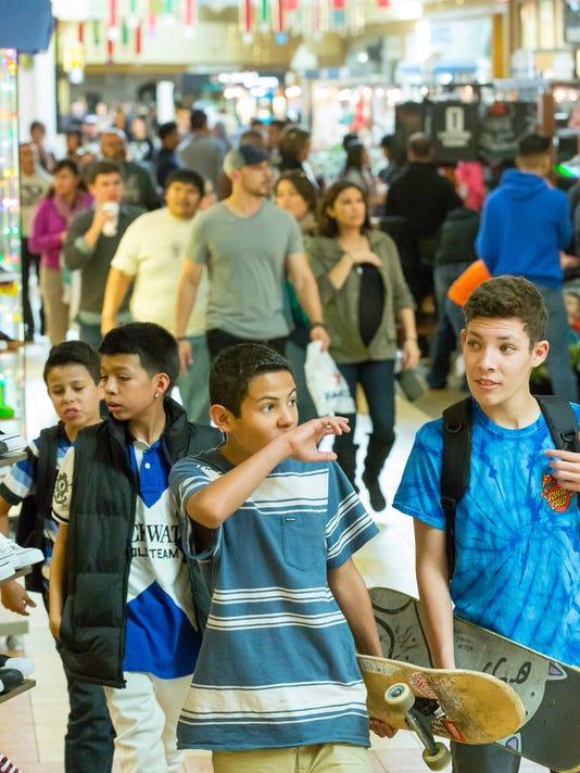 122316 - Mesilla Valley Mall Shopping 1
