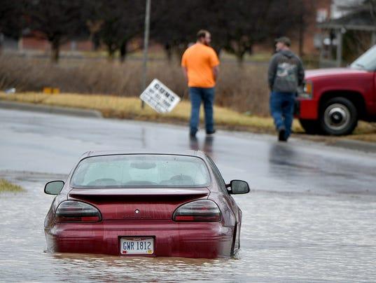 flood-car-0112.jpg