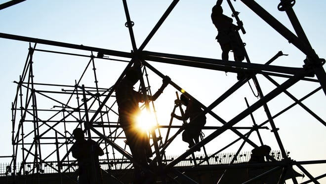 Wisconsin contractors seek reform of prevailing wage laws.