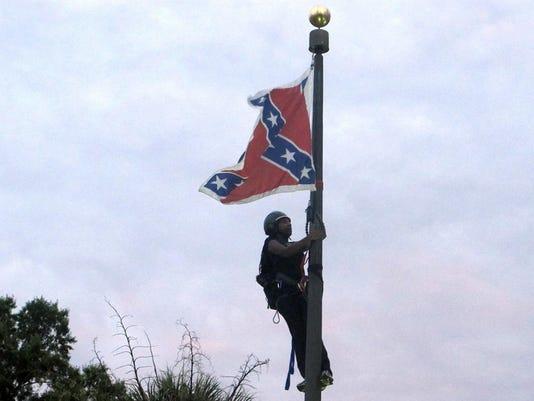 APTOPIX Charleston Shooting Confederate Flag
