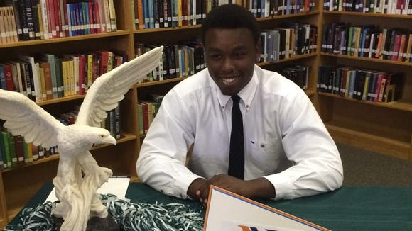 East Henderson senior Keyon Pippen has signed to play college football for Nassau Community College in New York.
