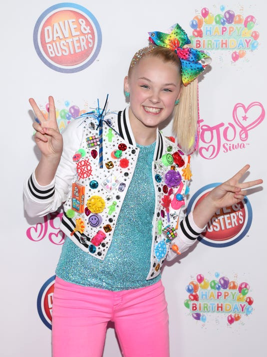 6d2952530 JoJo Siwa and her mom break down the life of a viral YouTube star