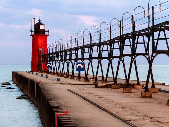 Ann Arbor boy, 13, drowns at Lake Michigan beach