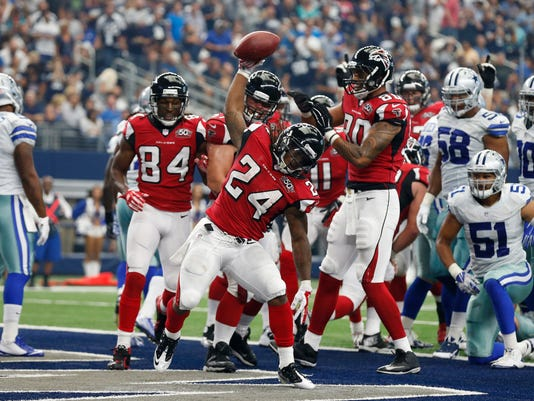 NFL: Atlanta Falcons at Dallas Cowboys