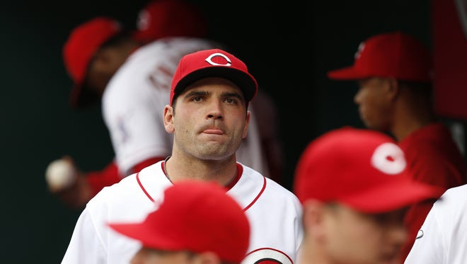 Cincinnati Reds first baseman Joey Votto (19) gets ready for their game.